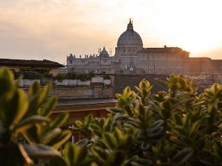 Saint Peter's luxury terrace attic - Rome vacation rentals