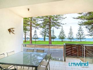 Unwind @ 8 Breeze Victor Harbor - Victor Harbor vacation rentals