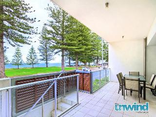 Unwind @ 9 Breeze Victor Harbor - Victor Harbor vacation rentals