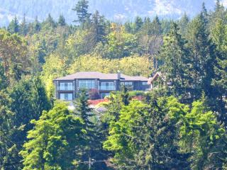 Modern, executive home with sweeping ocean view. - Mill Bay vacation rentals