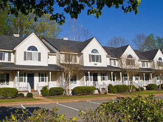 Splendid 2 Bedroom At Historic Powhatan Resort - Virginia vacation rentals