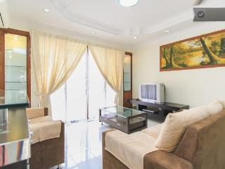 Sea View Nice Fitted Codo By The Beach, Huge Pool - Pulau Penang vacation rentals