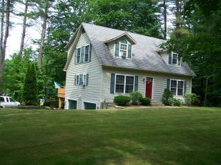 Gilford N.H. Private beach and close to skiing  Gunstock mountain- Restaurants-Shopping Malls- sleeps 10 - Lake Winnipesaukee vacation rentals