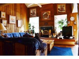Rest and relax in this upgraded condo with an authentic cabin feel! - Brian Head vacation rentals