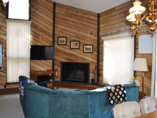 Ski in and out to the Navajo Lift area, great location and floor plan! - Brian Head vacation rentals