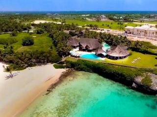 Increible Oceanfront Beauty 6 BDR in Punta Cana - Punta Cana vacation rentals