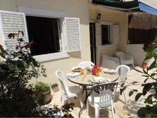 Your home for your vacation near the beach, golf and Estoril Casino. - Estoril vacation rentals
