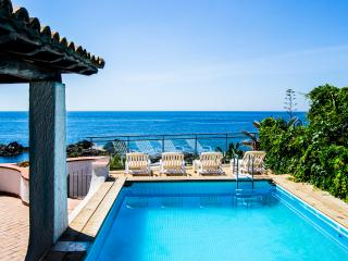 Villa Letizia, villa with private pool and beach - Giardini Naxos vacation rentals