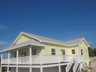 Sea View Villa, Gorgeous Ocean Views - Rainbow Bay vacation rentals