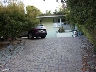 Serene Berkeley Hills Home - Berkeley vacation rentals