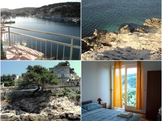 CHARMING ROOM WITH SEA VIEW - Jelsa vacation rentals