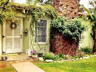 Spacious Shabby Chic Home close to Universal - North Hollywood vacation rentals