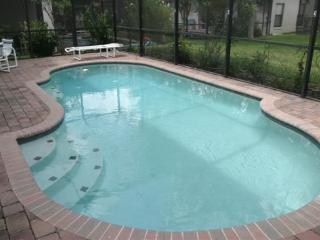 2 Story 4 Bedroom 2.5 Bath Pool Home close to Disney and Shopping!! - Orlando vacation rentals
