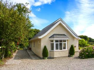 BEDW ARIAN COTTAGE detached, all ground floor, high quality cottage in Benllech Ref 916021 - Benllech vacation rentals