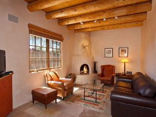 Pinon - 7 Blks to Plaza, 2 Kiva FP, Pet OK Elegant - New Mexico vacation rentals