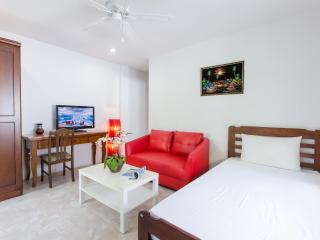 Cosy Family Apartment with Kitchen! - Patong Beach vacation rentals
