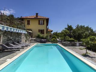 Marvelous, relaxing villa with pool and lakeviews - Levanto vacation rentals