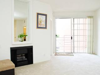LUXURY 2+2+Private Patio+2 Parking+Great Location - West Hollywood vacation rentals