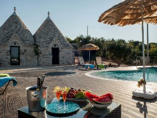VILLA FANELLI Trulli with pool 8 sleepings - Castellana Grotte vacation rentals