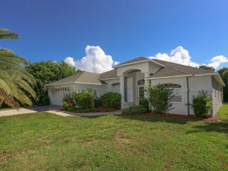 Lemon 2 - short walk to Manasota Beach with pool! - Englewood vacation rentals