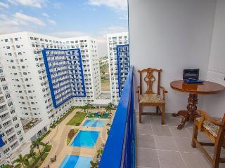 SEA residences Condo at Mall of Asia w/ balcony - Philippines vacation rentals