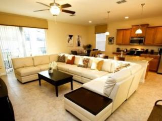 Beautifully Furnished 4 Bedroom 3 Bathroom With Private Pool And Spa. 889SP - Disney vacation rentals