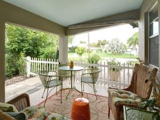 Charming Home, Newly Renovated, Close to Everthing, Pet Friendly, with HDTV and WiFi - Stuart vacation rentals