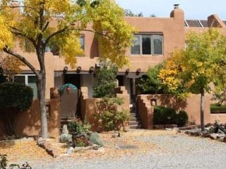 Las Brias - Just a few Blocks to the Plaza, Ideal - New Mexico vacation rentals