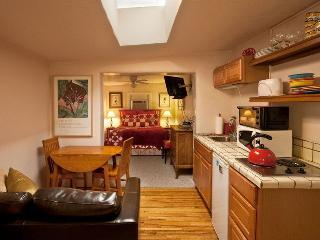 Zia - 1 Blk to Canyon, 5 Blks to Plaza, Hot Tub - Santa Fe vacation rentals