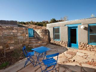 Hillside – Peaceful Patio, East Side Very Close In - Santa Fe vacation rentals