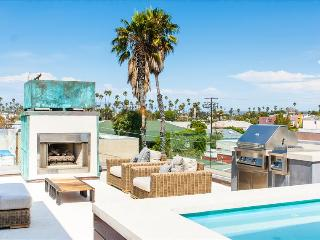 DC VE Designer Dream - Hip Minimalistic Home on Abbot Kinney Few Blocks from the Beach - Cape Town vacation rentals
