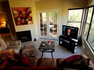Spacious Three Bedroom Condo with Awesome Mountain Views at Ventana Canyon - Tucson vacation rentals