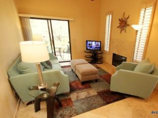 Loews Ventana Canyon, Two Bedroom, Two Bathroom Golf Villa with a Two Car Gargage - Tucson vacation rentals