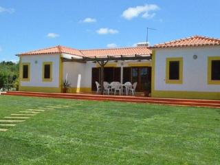Family friendly holiday home for 6  people with community pool - PT-1078488-Vila Nova de Milfontes - Alentejo vacation rentals