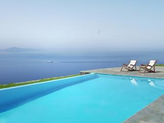 VILLA  WITH BREATHTAKING SEA-VIEW - Andros vacation rentals