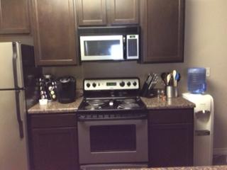 Deluxe 2 Bedroom 2 Bath Fully Furnished Apartment - Oklahoma City vacation rentals