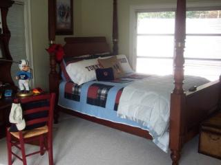 Elegant Southern Farm house - Asheville vacation rentals