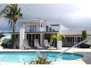 back resort pool and penthouse suite - PALM BEACH  , MODERN WORLD START at 129,- us for 2 - Palm Beach - rentals
