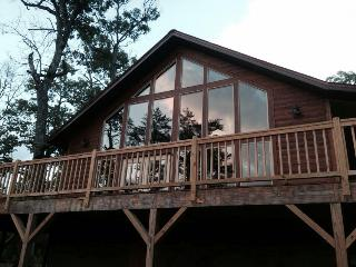 Bearadise Cabin in Franklin, NC  Sleeps 4 - Smoky Mountains vacation rentals