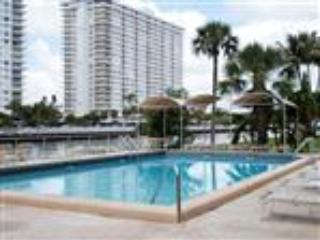 Beautiful Waterfront Apartment just minutes walk from the Ocean and Beach - Miami vacation rentals