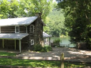 Pot Point Cabin, On the TN River, Historic - Chattanooga vacation rentals