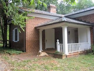 Cottage on Farm property bordering the James River - Scottsville vacation rentals