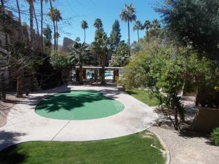 Lg Two Bedroom Old Town Scottsdale - Scottsdale vacation rentals