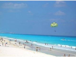 Three Bedroom Beach House Hotel Zone - Cancun vacation rentals