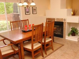 Sunnyvale Retreat NEW LISTING in Northwest Tucson - Tucson vacation rentals