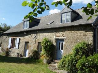 4 Bedroom Gite near Bais in Mayenne, France - Mayenne vacation rentals