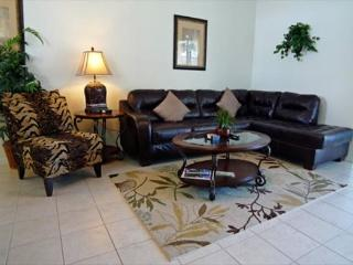 Lake View 4 Bedroom 3 Bathroom home in Tower Lakes. 412TLB - Disney vacation rentals