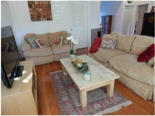 Sherman Oaks Charming 2 Bedroom House (4698) - Los Angeles vacation rentals