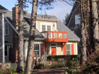Coyote Cottage w/ Carriage House - Pacific Beach vacation rentals