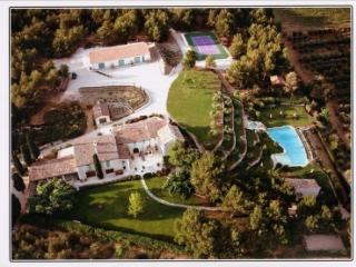 Vacation Resort in the Heart of Provence up to 14! - Orgon vacation rentals
